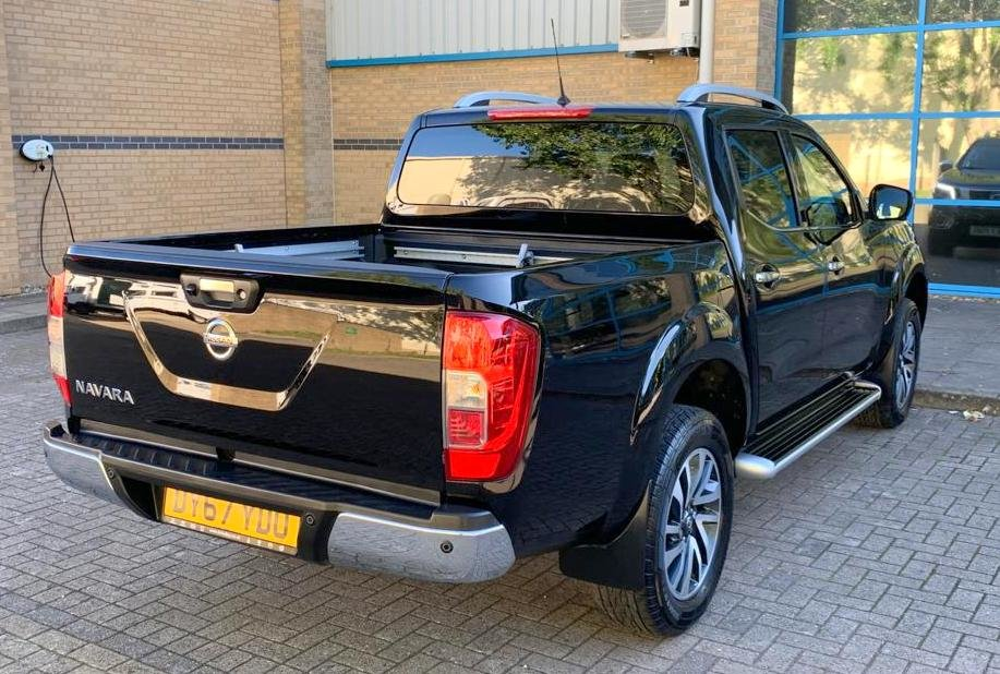 2017 Nissan Navara Tekna. 2.3 DCi (67 Plate) 29K Miles Auto For Sale (picture 3 of 6)