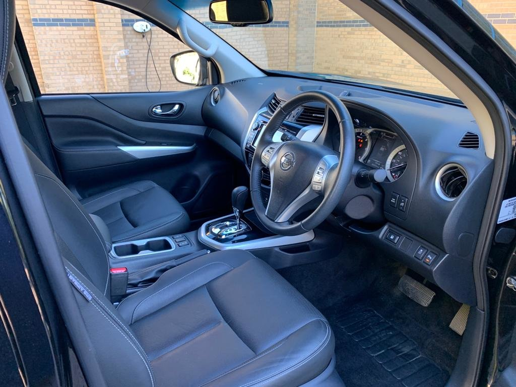 2017 Nissan Navara Tekna. 2.3 DCi (67 Plate) 29K Miles Auto For Sale (picture 5 of 6)