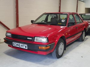 E Nissan Bluebird 1.6 LS Saloon Manual