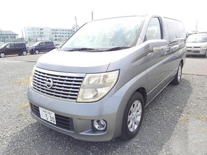 NISSAN ELGRAND 3.5 X 4X4 AUTO 8 SEATER * BUSINESS SEATS *