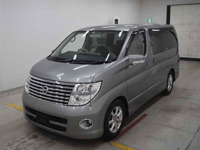 2005 NISSAN ELGRAND HIGHWAY STAR 3.5 AUTOMATIC * 8 SEATER * ELECT For Sale (picture 1 of 6)