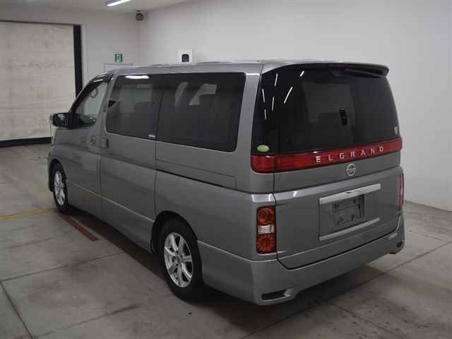 2005 NISSAN ELGRAND HIGHWAY STAR 3.5 AUTOMATIC * 8 SEATER * ELECT For Sale (picture 3 of 6)