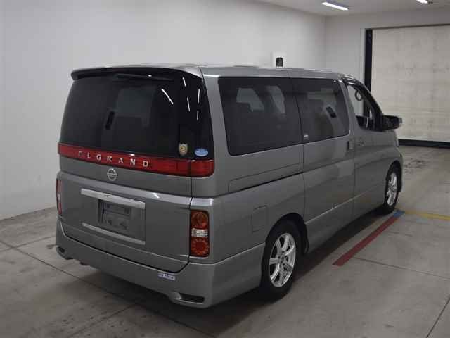 2005 NISSAN ELGRAND HIGHWAY STAR 3.5 AUTOMATIC * 8 SEATER * ELECT For Sale (picture 4 of 6)