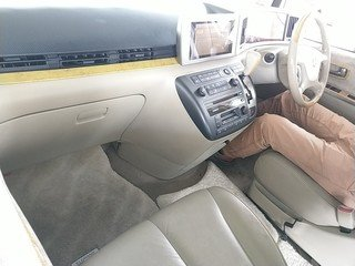 2002 NISSAN ELGRAND 3.5 XL AUTOMATIC * TWIN SUNROOFS * FULL LEATH For Sale (picture 3 of 3)