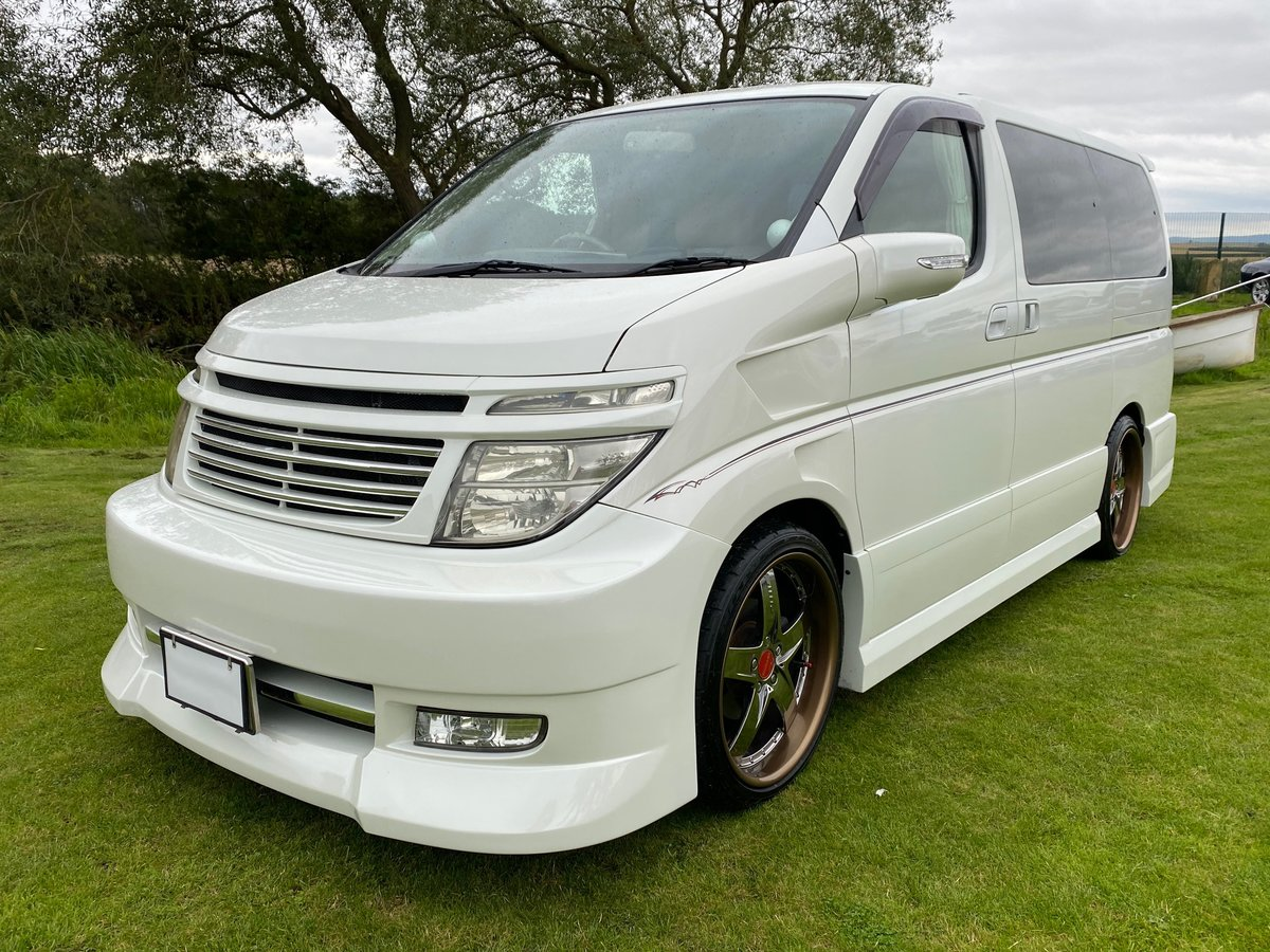2003 NISSAN ELGRAND 3.5 VG 4X4 AUTOMATIC * 8 SEATER * CUSTOM BODY SOLD (picture 1 of 6)