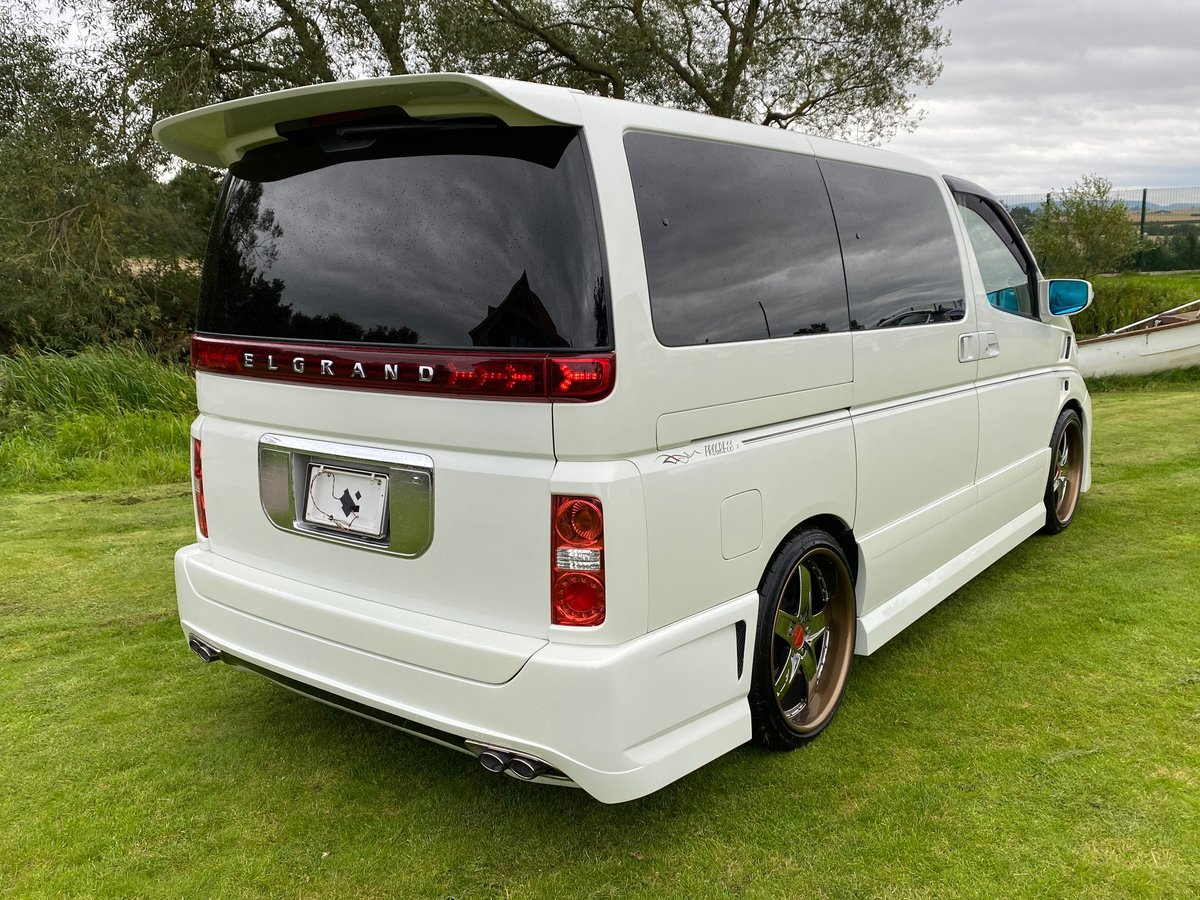 2003 NISSAN ELGRAND 3.5 VG 4X4 AUTOMATIC * 8 SEATER * CUSTOM BODY SOLD (picture 2 of 6)