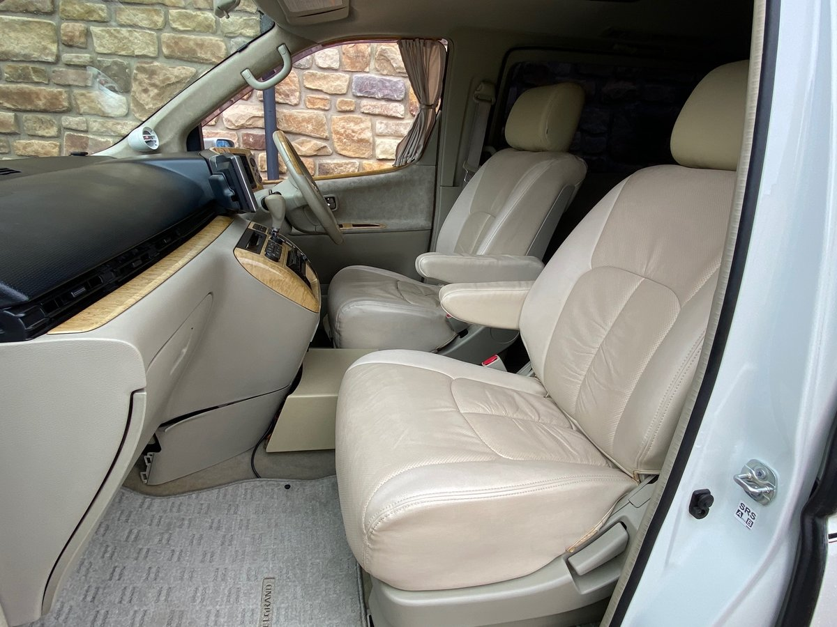 2003 NISSAN ELGRAND 3.5 VG 4X4 AUTOMATIC * 8 SEATER * CUSTOM BODY SOLD (picture 3 of 6)