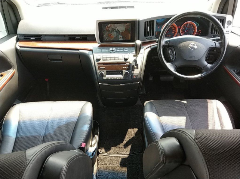 2005 NISSAN ELGRAND 2.5 HIGHWAY STAR 8 SEATER * TWIN SUNROOF * For Sale (picture 5 of 6)