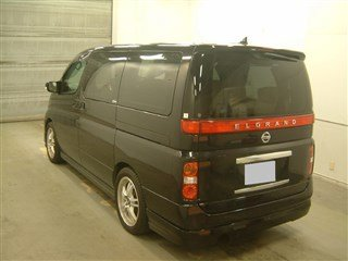 2005 NISSAN ELGRAND 2.5 V POWER DOOR BODY KIT & SIDE SKIRTS For Sale (picture 2 of 3)