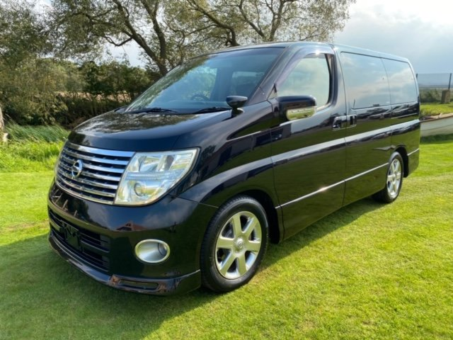 2007 NISSAN ELGRAND 3.5 HIGHWAY STAR MYSTIC BLACK 4X4 8 SEATER * For Sale (picture 1 of 6)