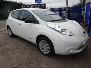 2013 NISSAN LEAVE JUST 17,500 MLES AGUST MOT FREE ROAD TAX 2 KEYS For Sale