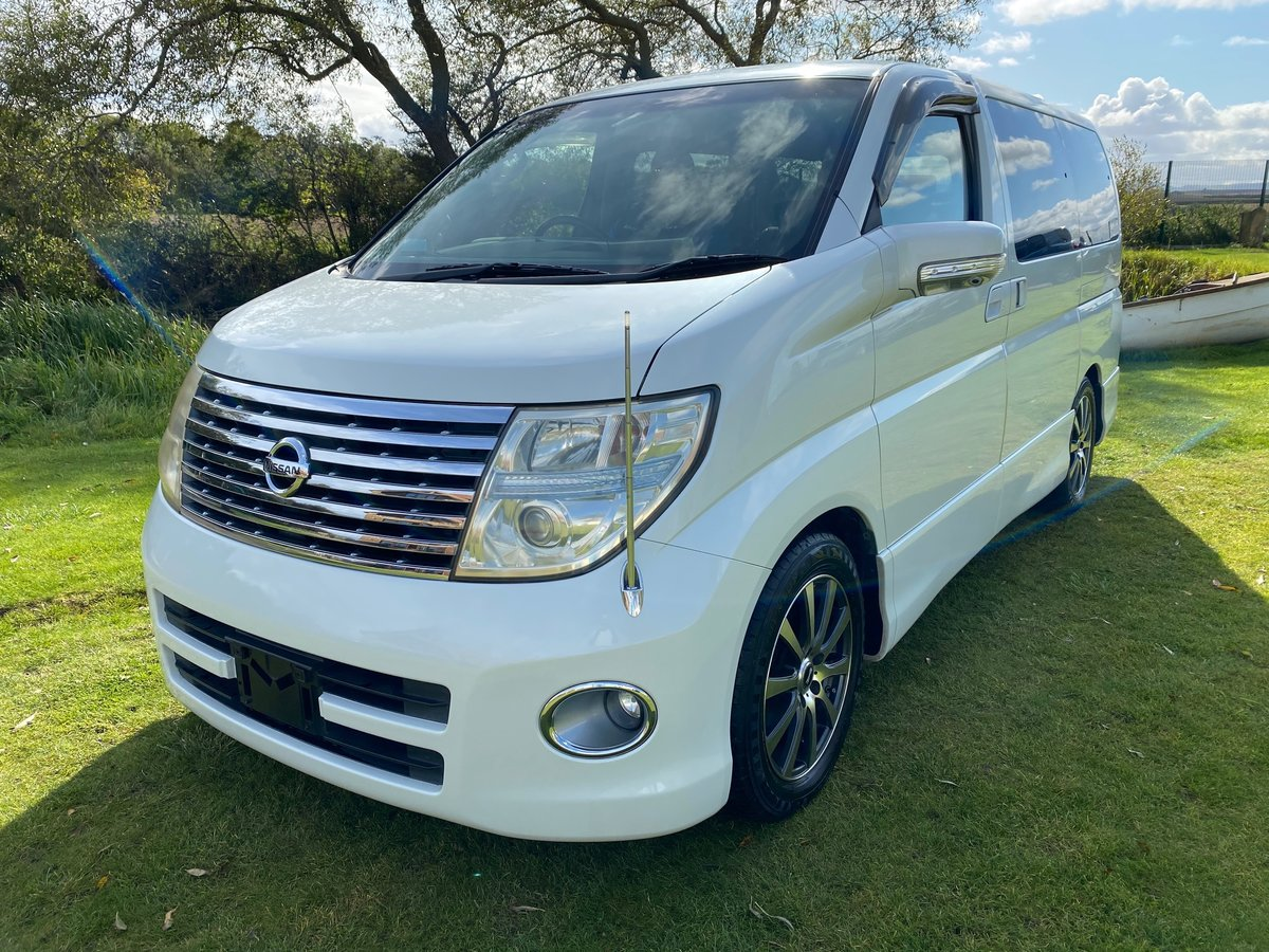 2005 NISSAN ELGRAND 3.5 HIGHWAY STAR AERO KIT PEARL WHITE *  For Sale (picture 1 of 6)
