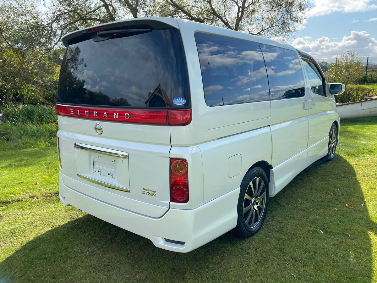 2005 NISSAN ELGRAND 3.5 HIGHWAY STAR AERO KIT PEARL WHITE *  For Sale (picture 2 of 6)