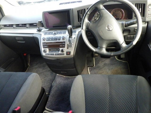 2006 NISSAN ELGRAND 2.5 RIDER S AUTOMATIC * 8 SEATER * POWER DOOR For Sale (picture 3 of 3)