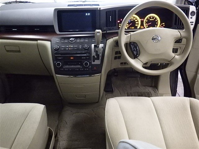 2005 NISSAN ELGRAND 3.5 VG 4X4 AUTOMATIC * 8 SEATER * For Sale (picture 3 of 6)