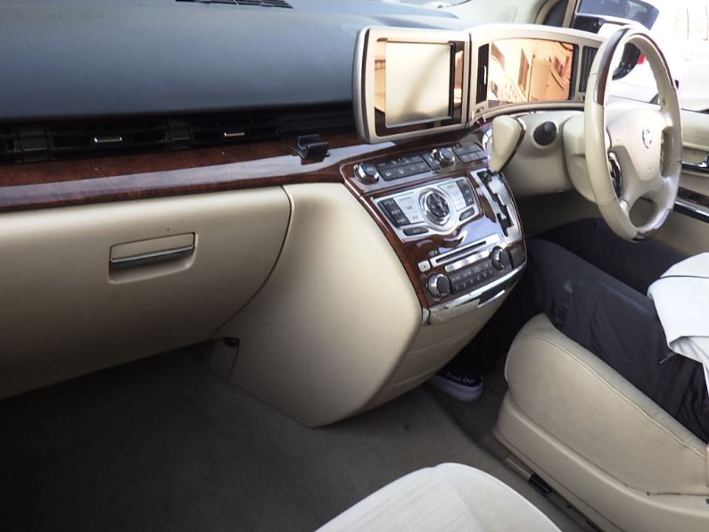 2008 NISSAN ELGRAND 3.5 X 4X4 AUTO 8 SEATER * BUSINESS SEATS * For Sale (picture 5 of 6)