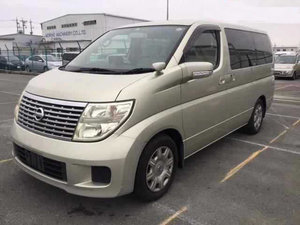 NISSAN ELGRAND 2.5 V 4X4 8 SEATER * ONLY 35000 MILES *