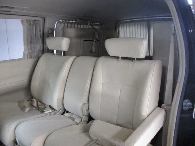2005 NISSAN ELGRAND 2.5 HIGHWAY STAR 4X4 8 SEATER * LOW MILES For Sale (picture 5 of 5)