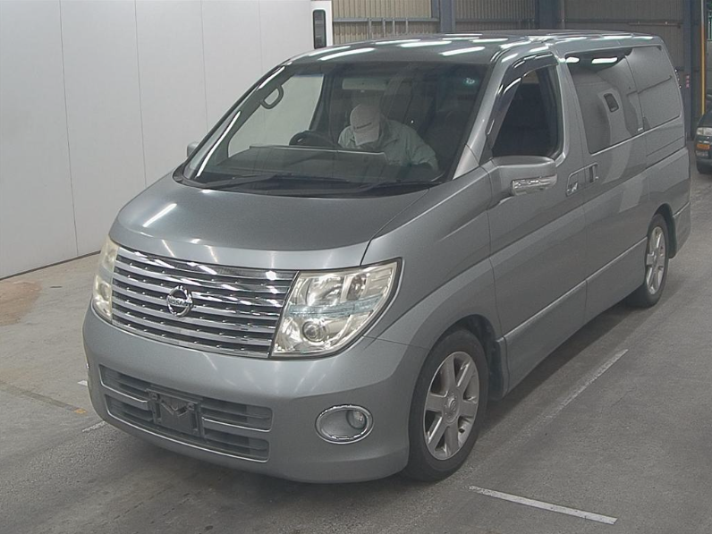 2005 NISSAN ELGRAND 2.5 AUTOMATIC HIGHWAY STAR 8 SEATER * For Sale (picture 2 of 6)