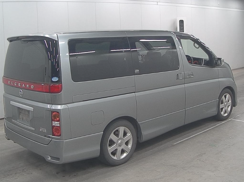 2005 NISSAN ELGRAND 2.5 AUTOMATIC HIGHWAY STAR 8 SEATER * For Sale (picture 4 of 6)