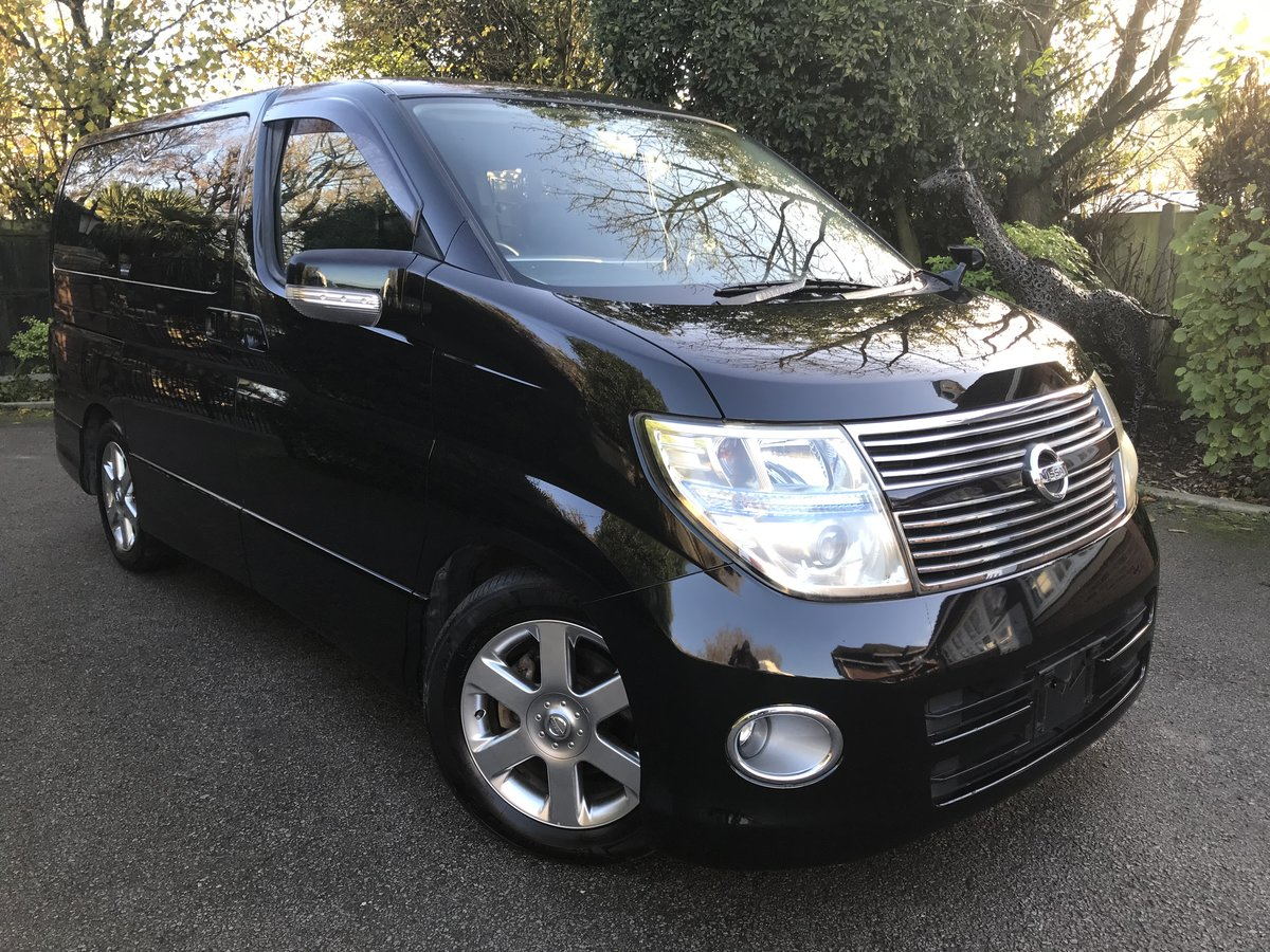 2010 Nissan Elgrand 2.5 V6 AUTO, HIGHWAY STAR, 8 Seats For Sale (picture 1 of 6)