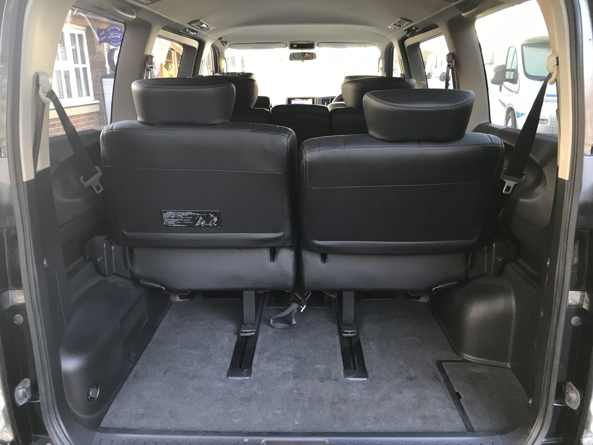 2010 Nissan Elgrand 2.5 V6 AUTO, HIGHWAY STAR, 8 Seats For Sale (picture 5 of 6)