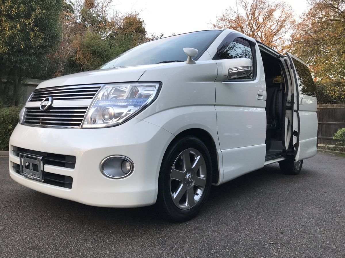 2009 Nissan Elgrand 2.5 V6 AUTO, HIGHWAY STAR, 8 Seats For Sale (picture 4 of 6)