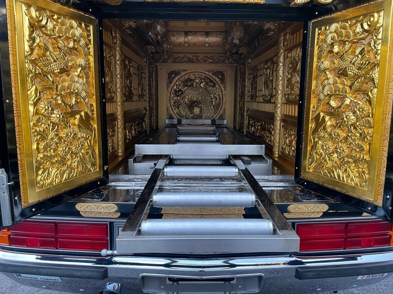 1987 NISSAN PRESIDENT RARE OLD VIP 4.4 BUDDHIST HEARSE ASIAN For Sale (picture 4 of 6)