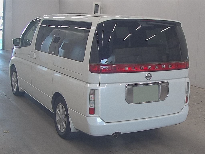 2004 NISSAN ELGRAND 3.5 XL 4X4 FULL LEATHER * TWIN SUNROOFS * For Sale (picture 3 of 6)