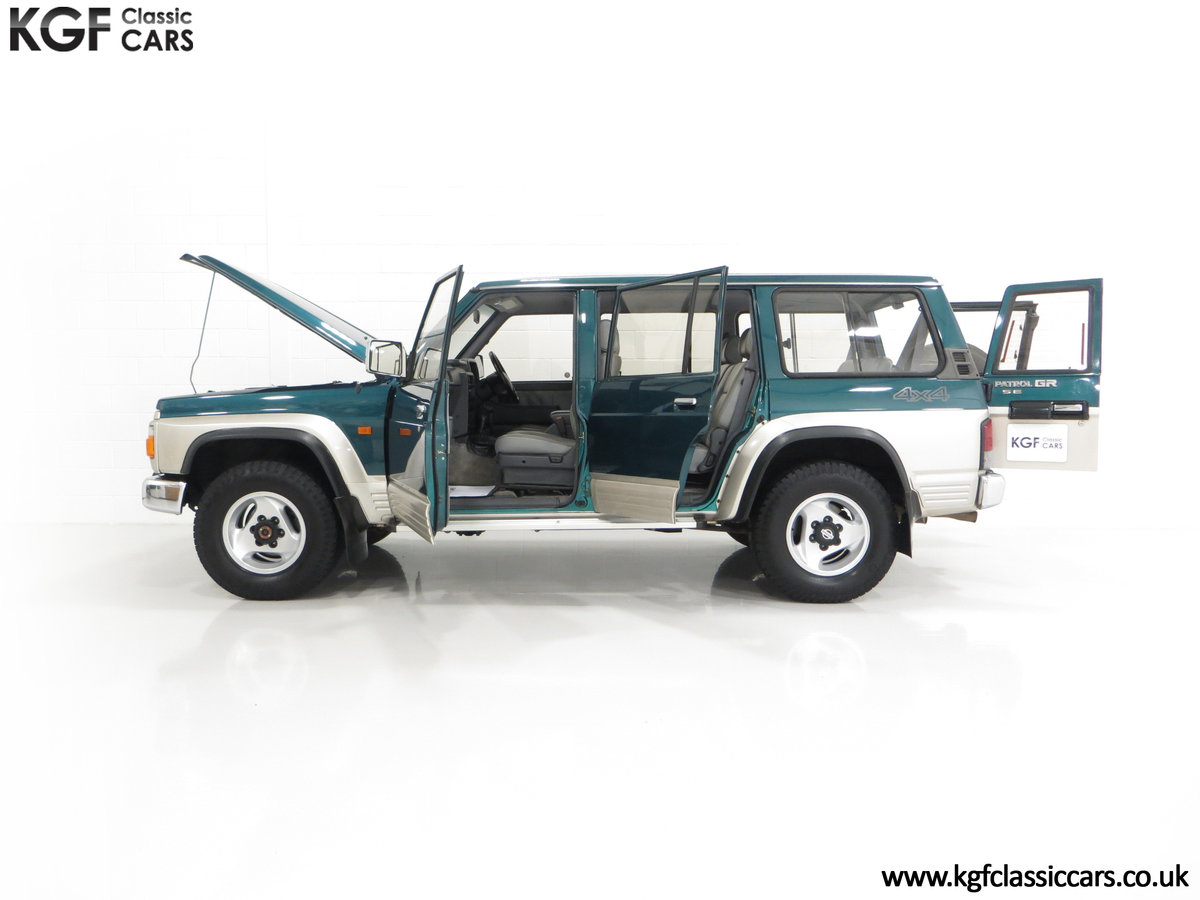 1998 A Formidable Nissan Patrol GR SE Auto 5-door 7 seater SOLD (picture 7 of 30)