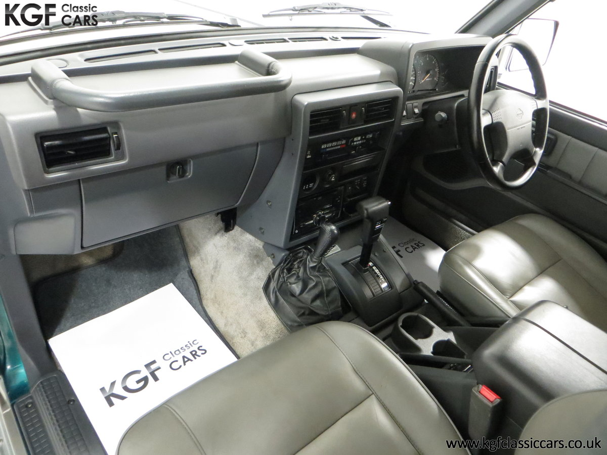 1998 A Formidable Nissan Patrol GR SE Auto 5-door 7 seater SOLD (picture 18 of 30)