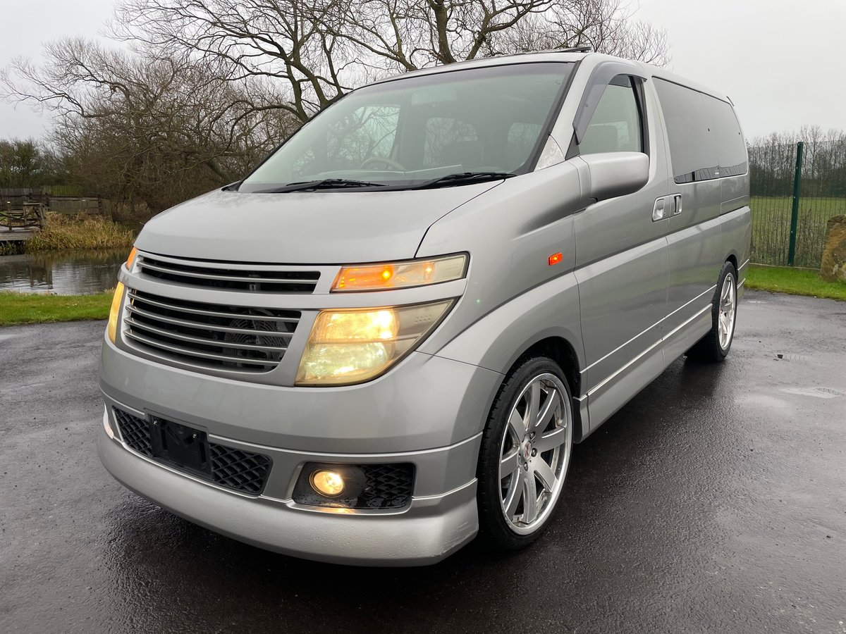2004 NISSAN ELGRAND 3.5 AUTOMATIC 70TH * TWIN SUNROOF * CUSTOM For Sale (picture 1 of 6)