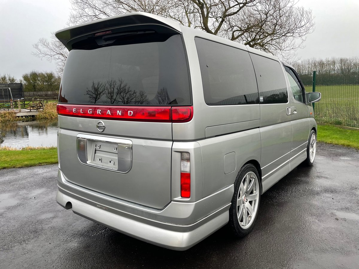 2004 NISSAN ELGRAND 3.5 AUTOMATIC 70TH * TWIN SUNROOF * CUSTOM For Sale (picture 2 of 6)