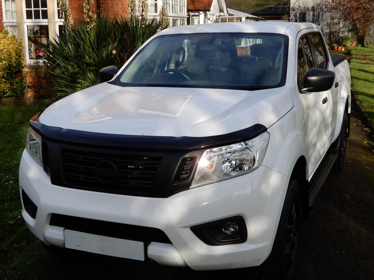 2017 Nissan Navara NP 300 SOLD (picture 1 of 9)