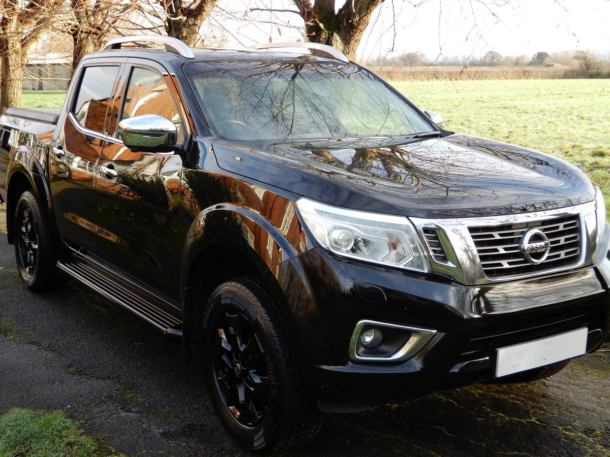 2017 Nissan Navara 2.3 DCI NP 300 Tekna SOLD (picture 3 of 12)