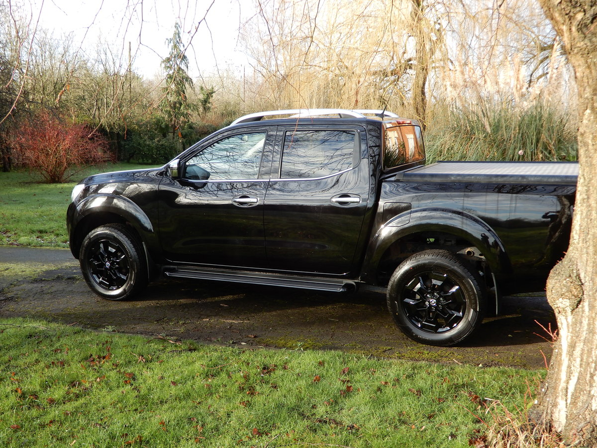 2017 Nissan Navara 2.3 DCI NP 300 Tekna SOLD (picture 4 of 12)