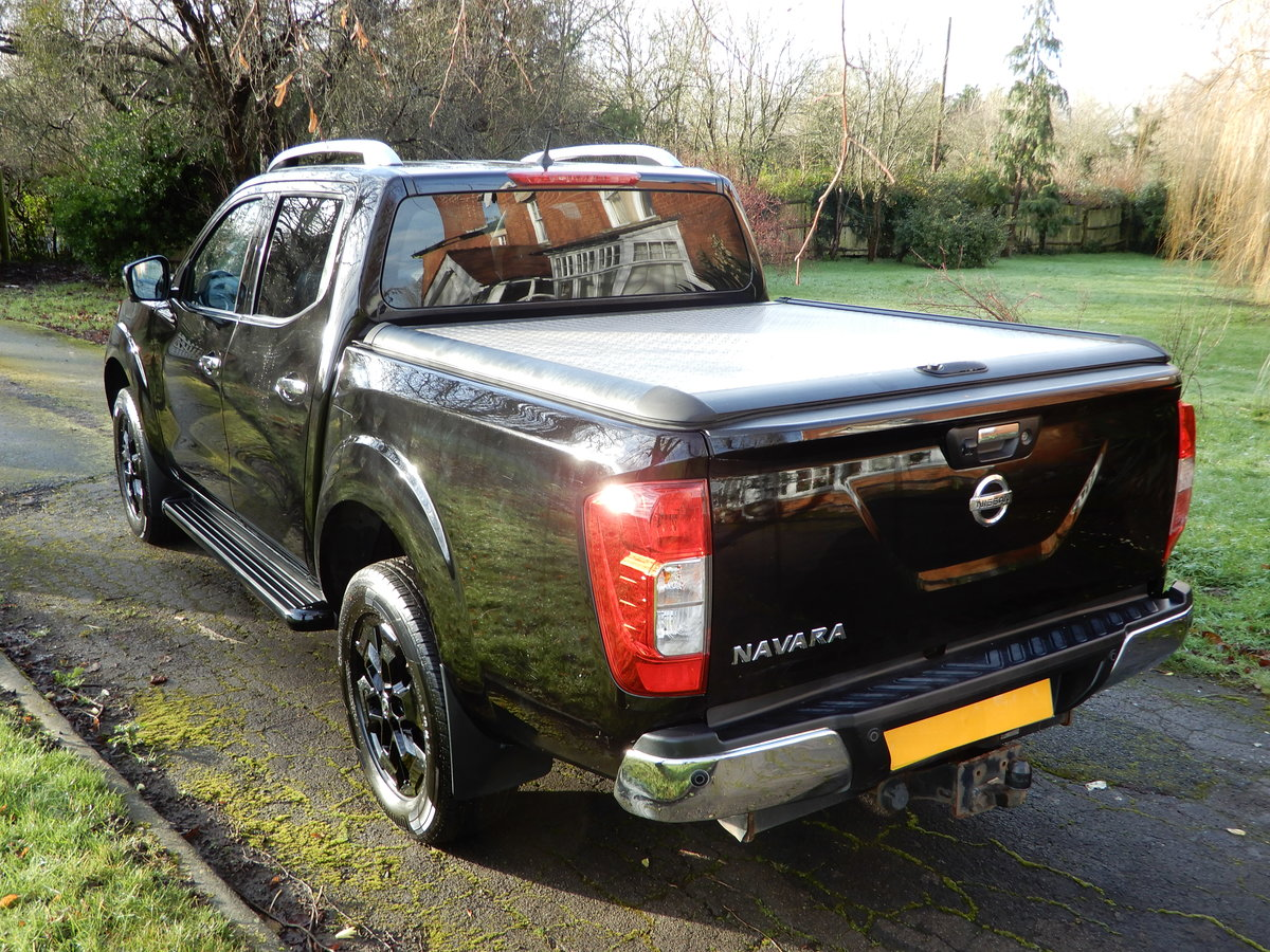 2017 Nissan Navara 2.3 DCI NP 300 Tekna SOLD (picture 6 of 12)
