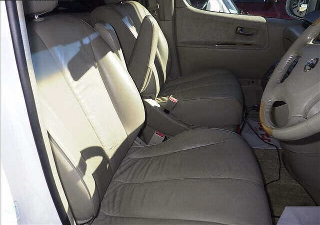 2003 NISSAN ELGRAND 3.5 XL FULL LEATHER * TWIN SUNROOFS * For Sale (picture 3 of 6)