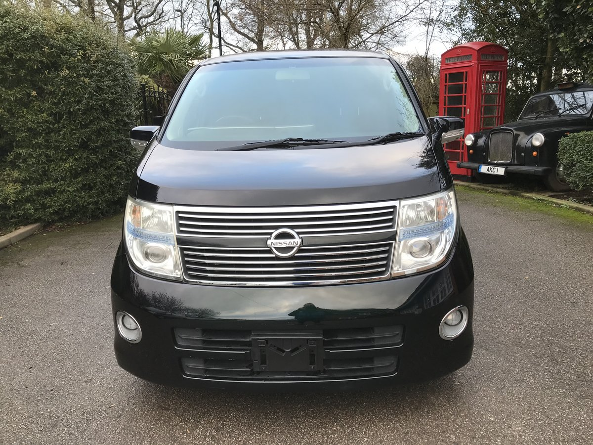2009 Nissan Elgrand Highway Star 2.5 v6 Tiptronic 8 Seats For Sale (picture 3 of 12)