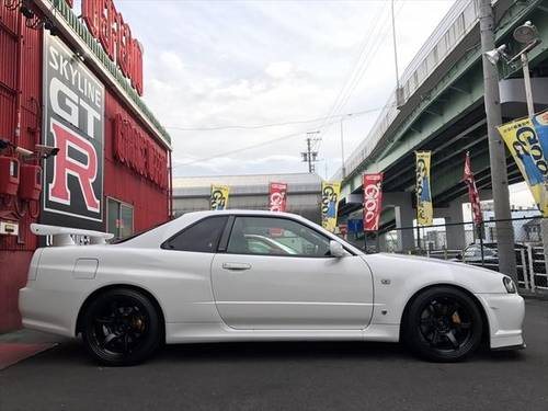 NISSAN SKYLINE GT-R (2000) 2600cc (BNR34) from JAPAN For Sale (picture 3 of 6)