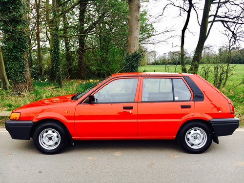 1990 Nissan Sunny 1.4 LS 5DR, One Owner, 29,000 Miles For Sale (picture 2 of 6)