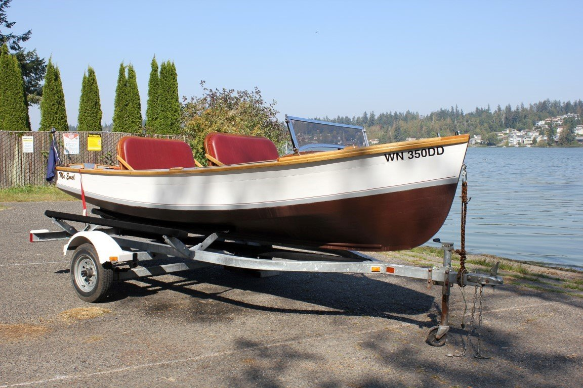 1928 Reinell Wooden Runabout - Lot 619 For Sale by Auction (picture 1 of 6)