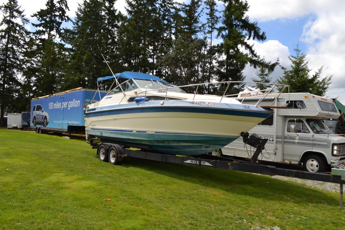 1997 Searay Sunrunner W2004 Trailer - Lot 681 For Sale by Auction (picture 1 of 4)