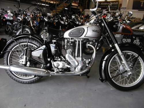 Norton ES2 One owner from 1951 till 2017  STUNNING  SOLD (picture 1 of 6)