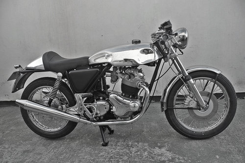 1972 Norton Commando Cafe Racer For Sale (picture 1 of 6)
