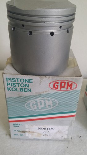 NORTON DOMINATOR NEW PISTONS+RINGS For Sale (picture 3 of 3)