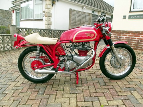 1971 NORTON TRITON 850CC 'THE RED DEVIL'  one test mile only SOLD (picture 2 of 6)