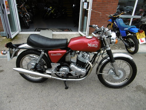 1973 Norton Commando 750 Restored Full matching numbers . SOLD (picture 1 of 6)
