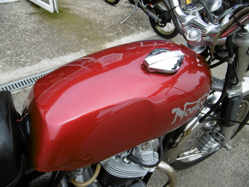 1973 Norton Commando 750 Restored Full matching numbers . SOLD (picture 3 of 6)