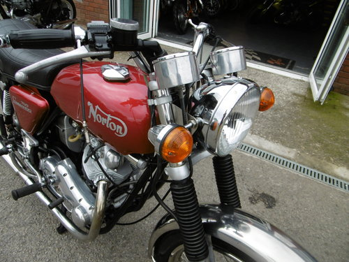 1973 Norton Commando 750 Restored Full matching numbers . SOLD (picture 5 of 6)